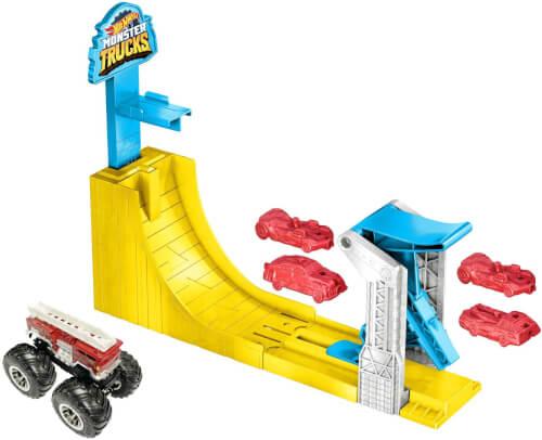 Mattel GYC81 Hot Wheels Monster Trucks Big Air Breakout Spielset