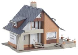 H0 Haus mit Balkon