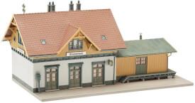 H0 Kleinstation Blumenfeld