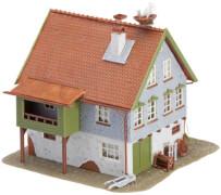 H0 Haus mit Storchennest