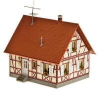 H0 Einfamilienhaus mit Fachwerk