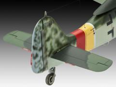 REVELL 03930 Focke Wulf Fw190 D-9 1:48, ab 14 Jahre