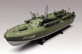 REVELL PT-109 P.T. Boat