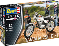Revell Yamaha 250 DT 1
