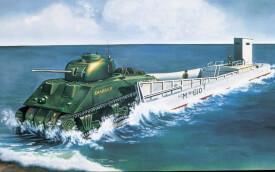 Glow2B Airfix LCM3 & Sherman Tank