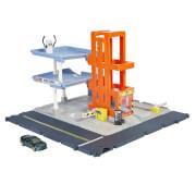 Mattel HBL60 Matchbox Parkgarage Spielset mit Geräuschen , inkl. 1 Spielzeugauto