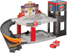 Mattel Cars Piston Cup Rennbahn-Parkhaus Spielset