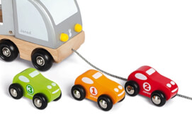 Lastwagen mit Rennwagen NEU