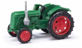 Traktor Famulus Mähbalk. grün