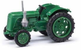 Traktor Famulus grün
