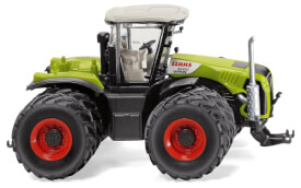 Wiking Claas Xerion 5000 mit Zwillingsbereifung