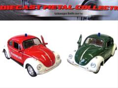 VW Käfer Polizei/Feuerwehr mit Rückzug 1:36