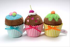 Beluga Sweet & Easy: Enie backt Muffins aus Plüsch