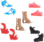 Mattel GWB14 Barbie Fashions Schuhe, sortiert