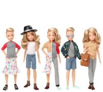 Mattel GGT67 Creatable World Deluxe Charakter Set, individuell gestaltbare Puppe mit blonden, welligen Haaren