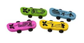 Trendhouse 941831 - Radierer Skateboard, 4-fach sortiert, Radiergummi, ca. 7,5x3,2x2 cm, ab 3 Jahren (nicht frei wählbar)