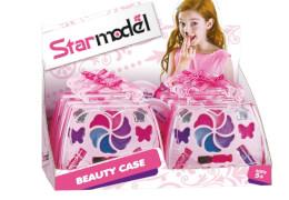 Star Model Beauty Case